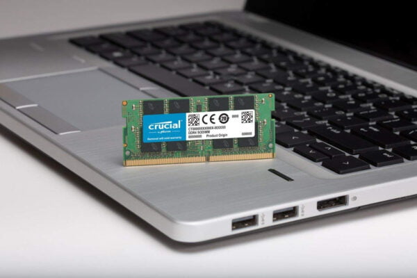 Crucial 8GB DDR4-2400 SODIMM also Supports 2133mhz for Laptop-6130