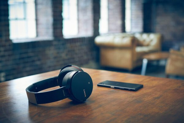 Sony MDR-XB950B1 On-Ear Wireless Premium Extra Bass Headphones (Black)-6441