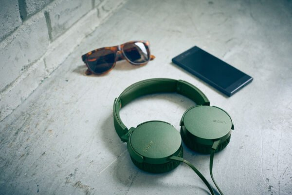 Sony Extra Bass MDR-XB550AP On-Ear Headphones with Mic (Green)-6571