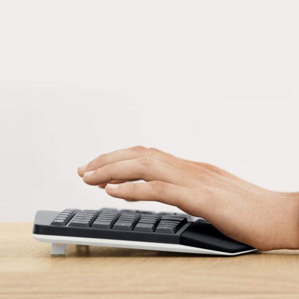 Logitech MK850 Performance Wireless Keyboard and Mouse Combo-7663